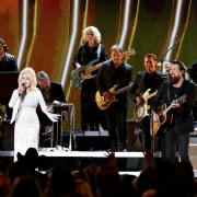 Zach Williams Makes Debut On 53rd Annual CMA Awards With Dolly Parton