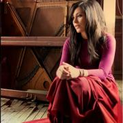 New Live Album 'Majestic' For Kari Jobe & Tour With Rend Collective