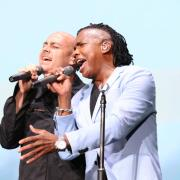 Peter Furler Performs With Newsboys At Kingdom Bound Festival For 'The Cross Has The Final Word'