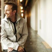 Chris Tomlin's New Album To Be Titled 'Burning Lights'